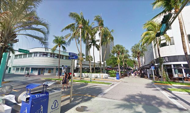 The lawsuit revolved around a fire at what used to be 5 Napkin Burger on Lincoln Rd in Miami Beach. Photo: Google Maps streetview.