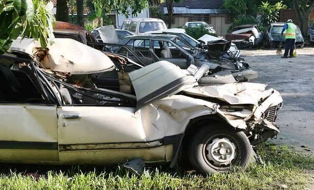 20 car crash tips and things you should know after an