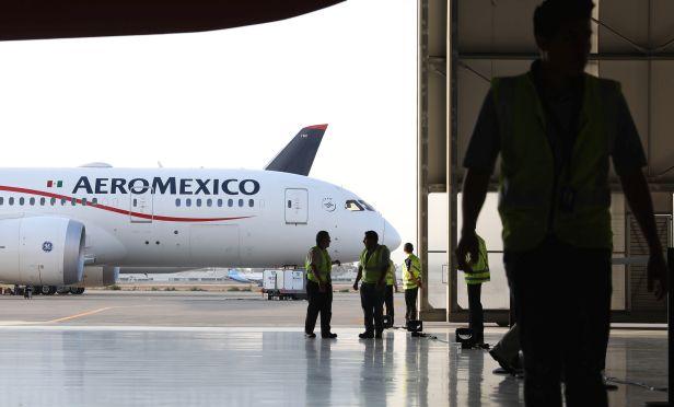Aeromexico airplane
