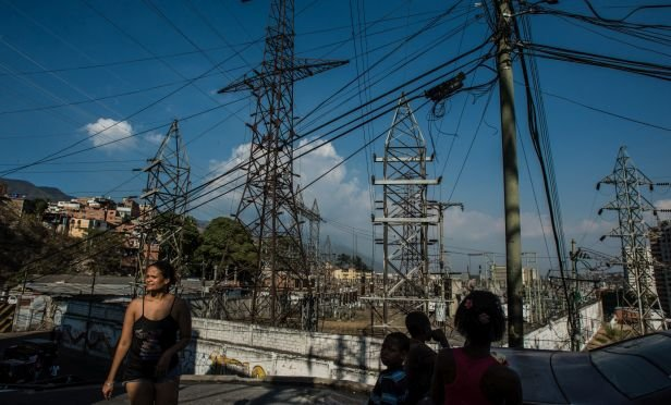 Major Power Failure Shuts Down Caracas and Most of Venezuela