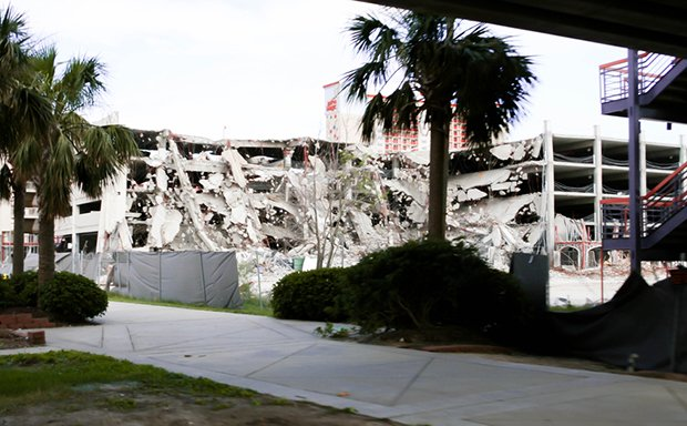 hotel-destroyed-by-hurricane