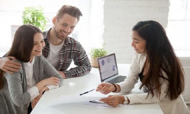 Forty-nine percent of millennials want a seasoned insurance professional as their agent. (Photo: Shutterstock)