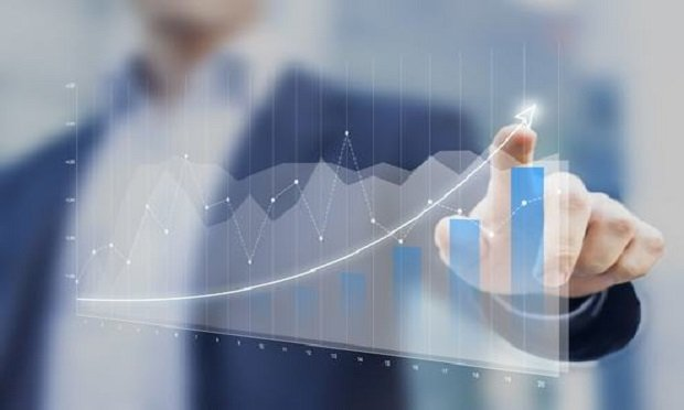 P&C insurance industry shows growth nationally. (Photo: Shutterstock)