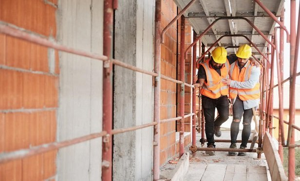 Against a backdrop of growing worker claims and subsequently rising insurance costs, the ability to measure risk is fundamental to managing it in the fast-moving construction environment. (Credit: Diego Cervo/Shutterstock)