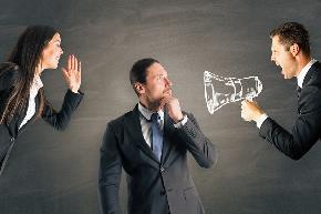 Gender gap in self promotion penalizes women