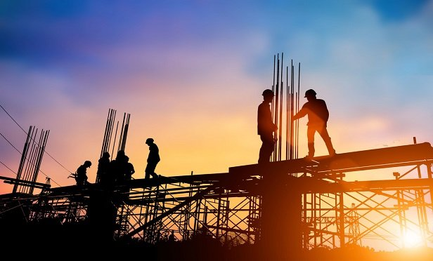 Getting everyone on board that safety is not adverse to production has always been a challenge in the construction industry, yet there is a direct correlation between enhanced safety results and increased profits. (Credit: yuttana Contributor Studio/Shutterstock)