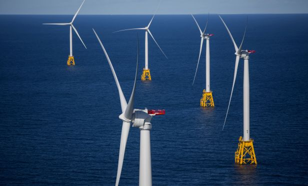 The wind farm off the coast of Rhode Island. (Photo: Eric Thayer/Bloomberg)