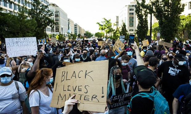 Thousands march in Washington, D.C., on June 6, 2020 to protest police brutality and the killing of George Floyd in Minnesota at the hands of local police. (Diego M. Radzinschi/ALM Media)