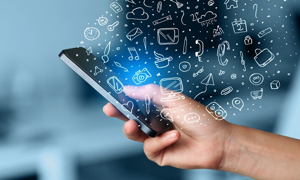 A virtual claims app shows that insurers care about policyholders' safety during the COVID-19 pandemic. (Photo: Shutterstock)