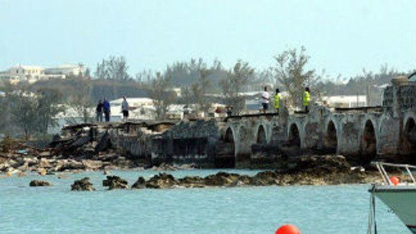 The collapsed causeway which connects Hamilton, Bermuda with the international airport after Hurricane Fabian in 2003 (AP Photo/David Skinner, The Royal Gazette)