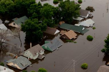 Minot, N.D., June 25, 2011 (Andrea Booher/FEMA)