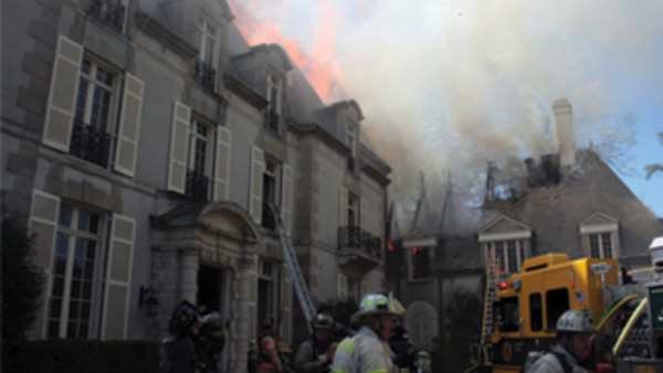 The April 4, 2012 blaze in question drew 100 firefighters and took an obvious toll on the Bloomfield mansion. (Photo credit: Dannon Voight ©)