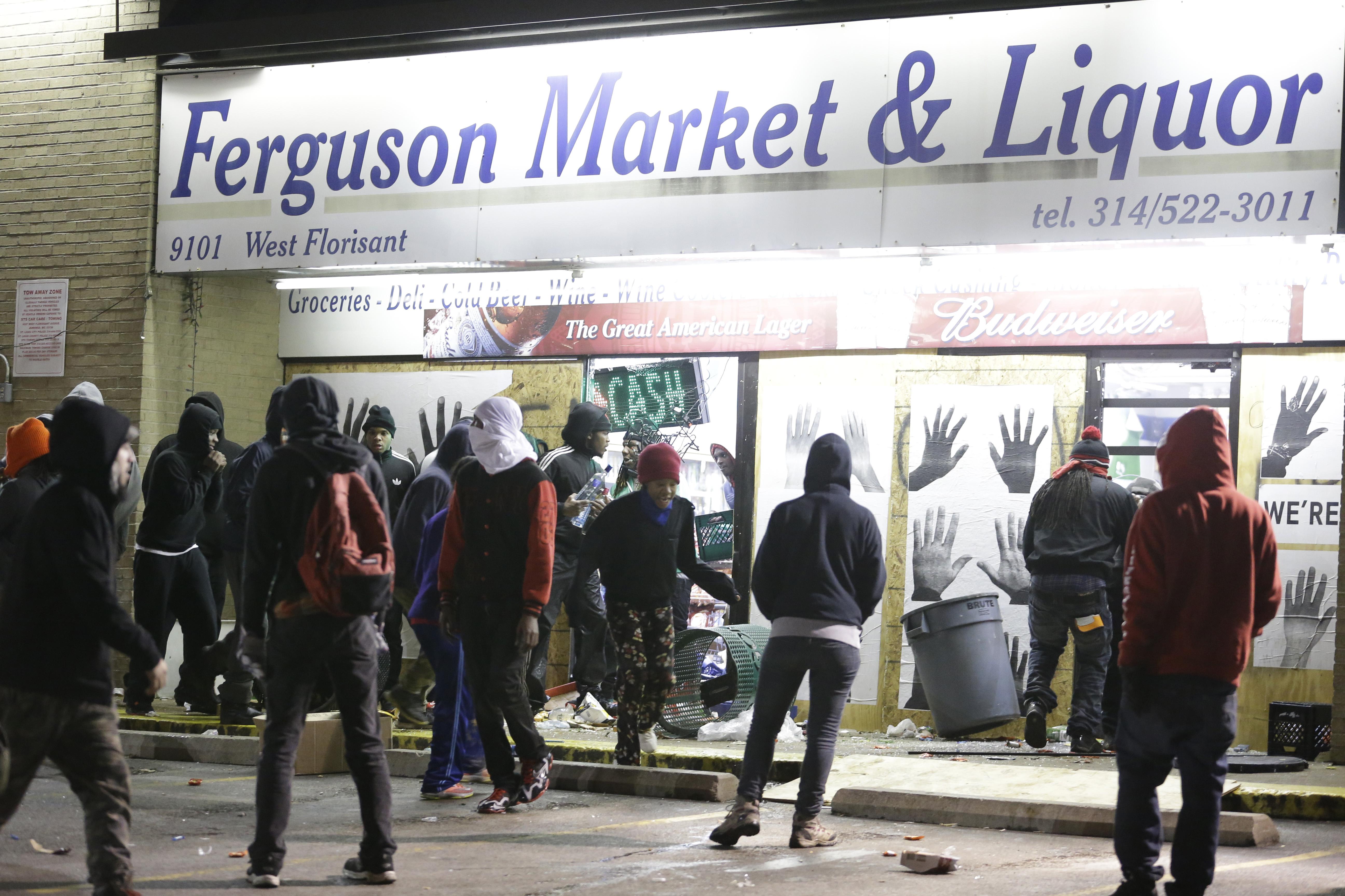 Ferguson burning: 9 scenes of property damage in the wake of the ...