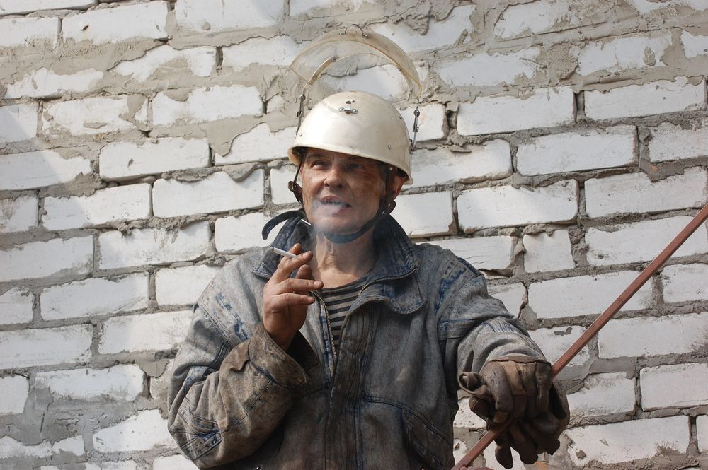 smoking construction worker