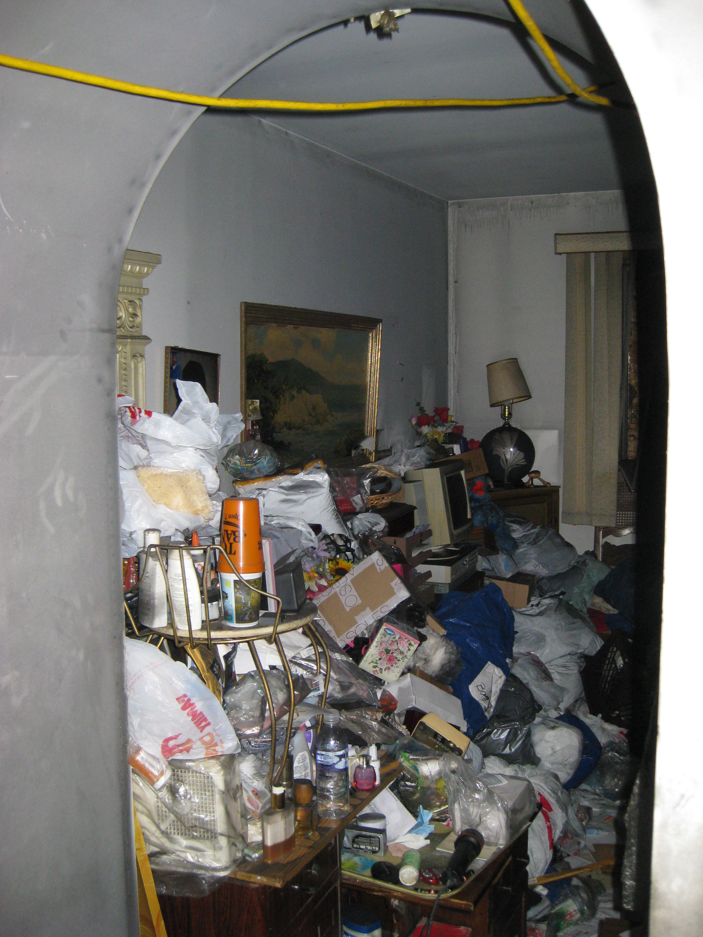 5 critical factors affecting hoarding claims propertycasualty360. Black Bedroom Furniture Sets. Home Design Ideas
