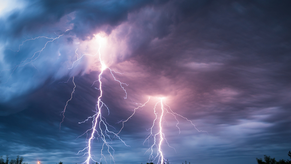 June is a busy month for lightning damage and thunderstorms. (Photo: Mihai Simonia/Shutterstock)
