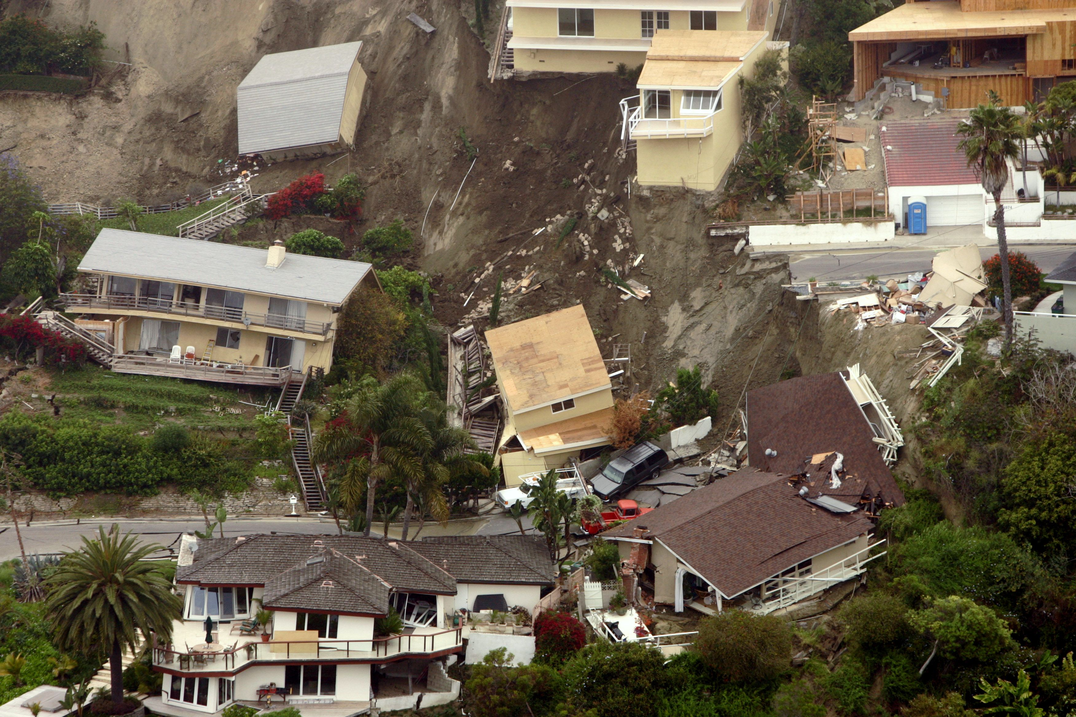 Laguna Beach, Calif landslide in June 2005