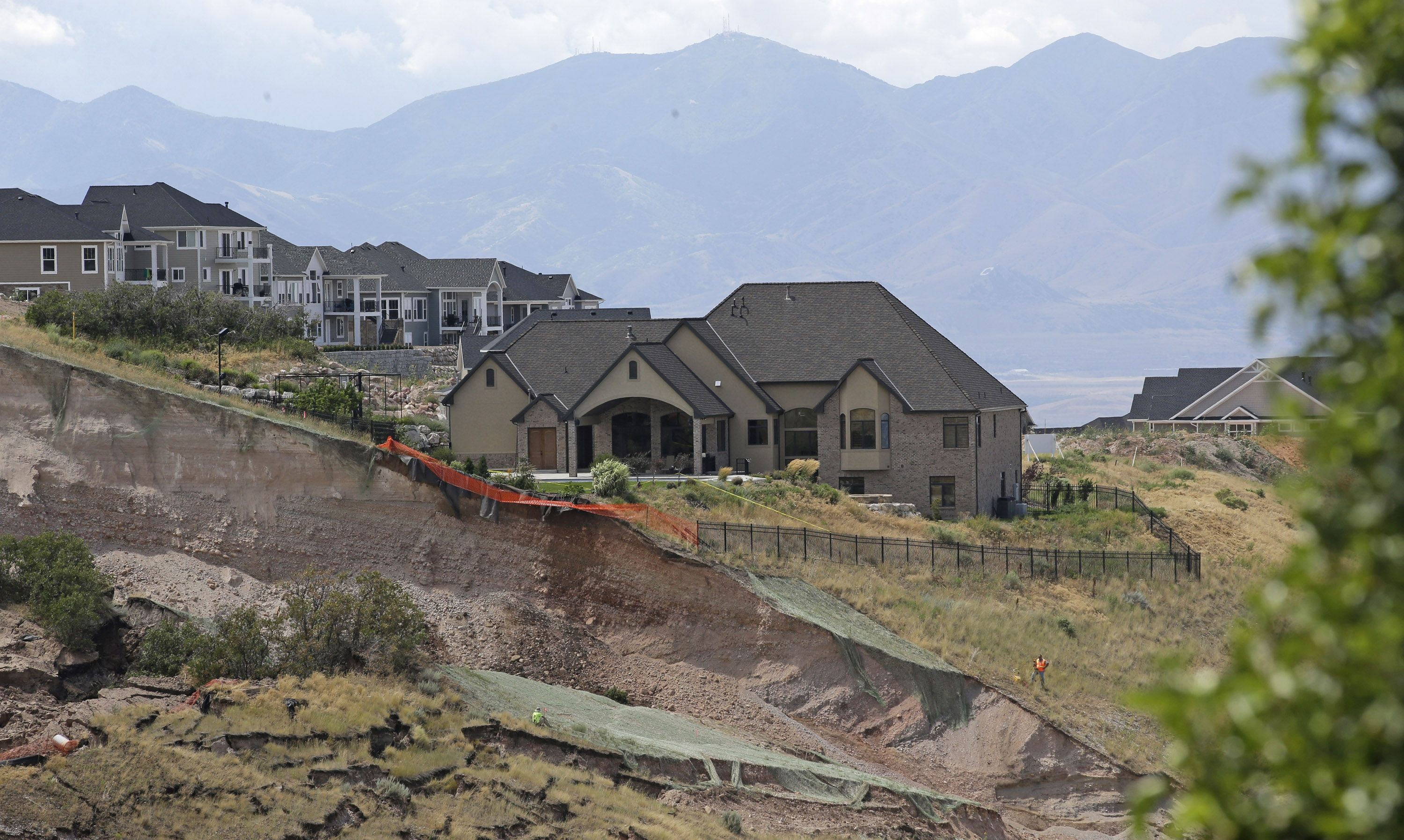 Landslide in North Salt Lake, Utah in 2014