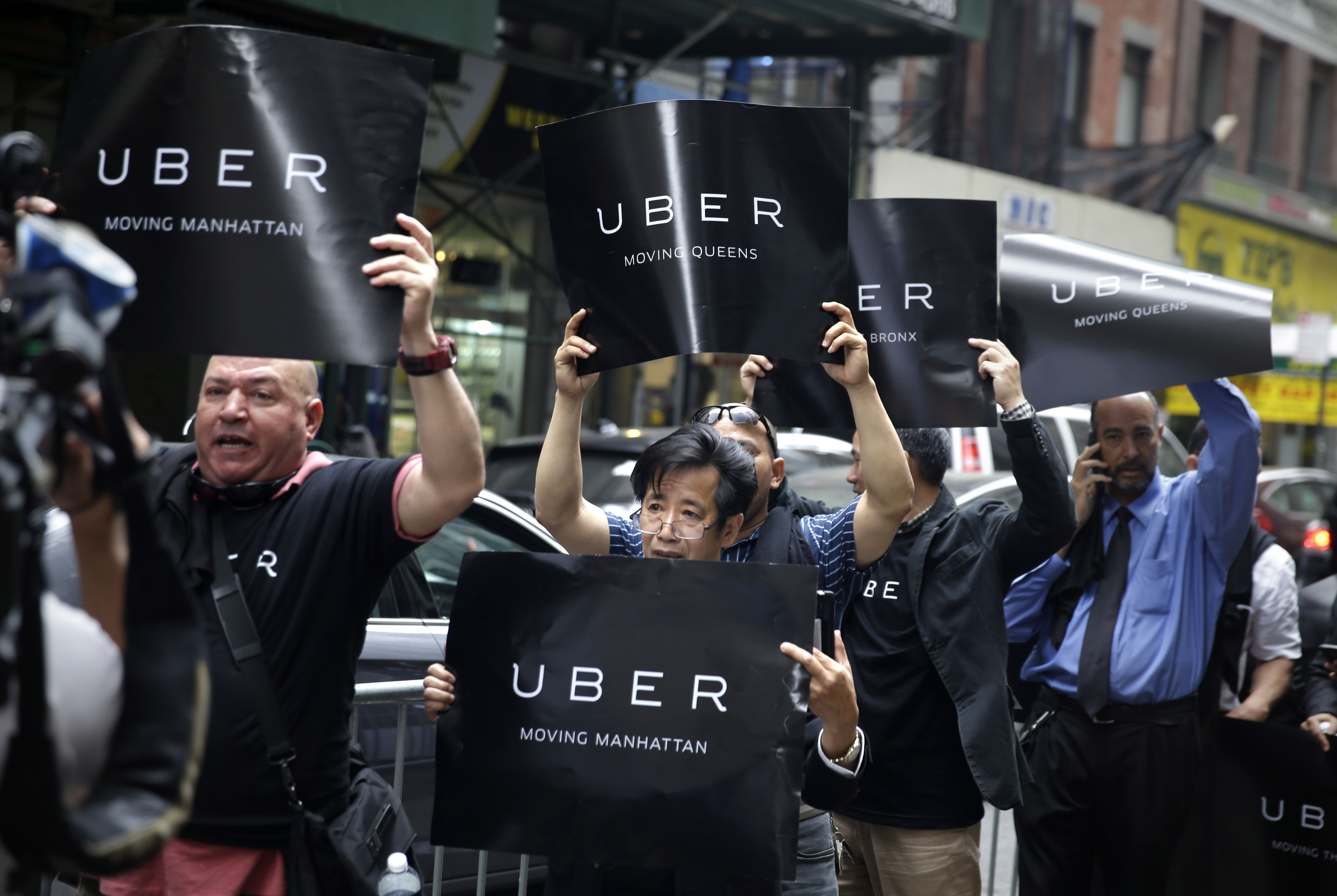 Uber drivers are freelance, not employees, NYC official says
