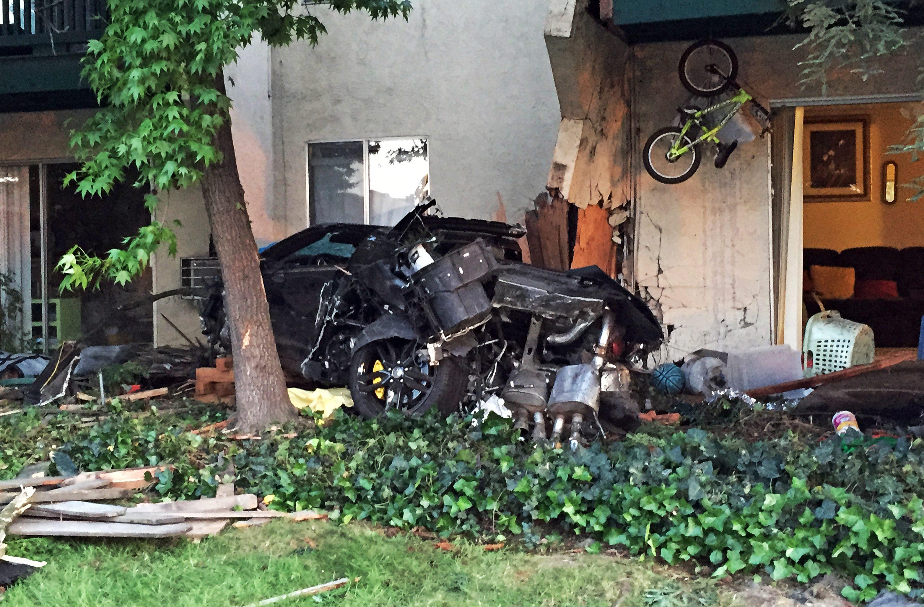 car crashed into an apartment complex