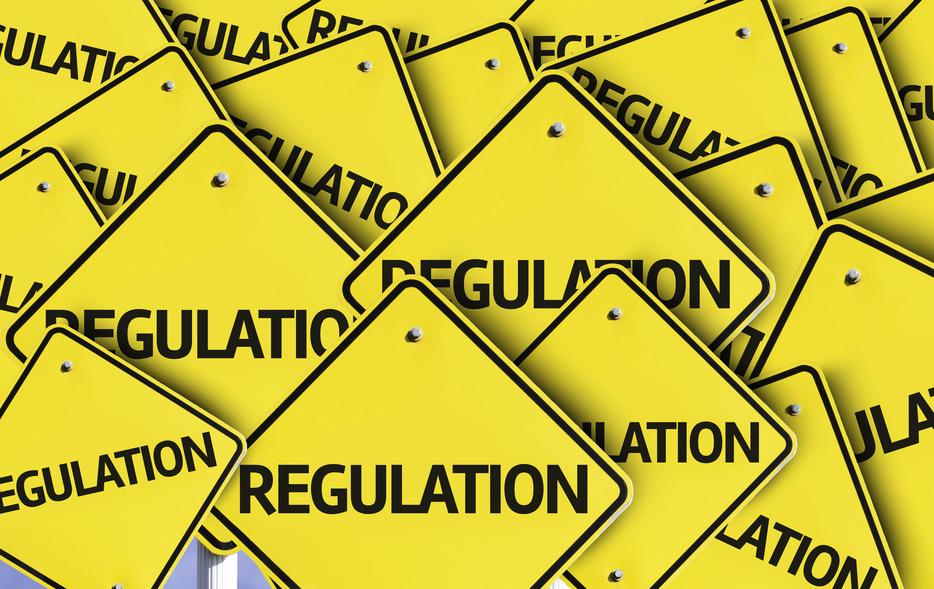 Yellow-traffic-signs-with-regulations-crop-shutterstock_207668335-Gustavo Frazao