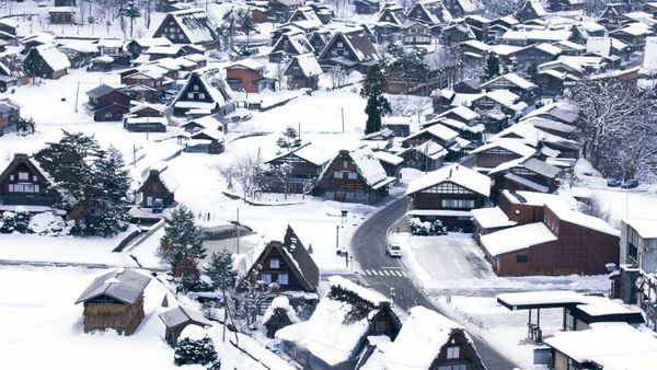 Homeowners need to prepare now to prevent winter damage. (Photo: Thinkstock)