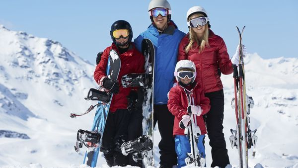 Make sure your insurance clients are prepared for the risks associated with winter sports. (Photo: Thinkstock)