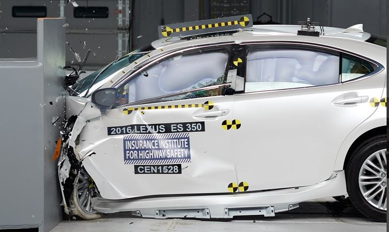 Action shot taken during the 2016 Lexus ES 350 small overlap frontal crash test