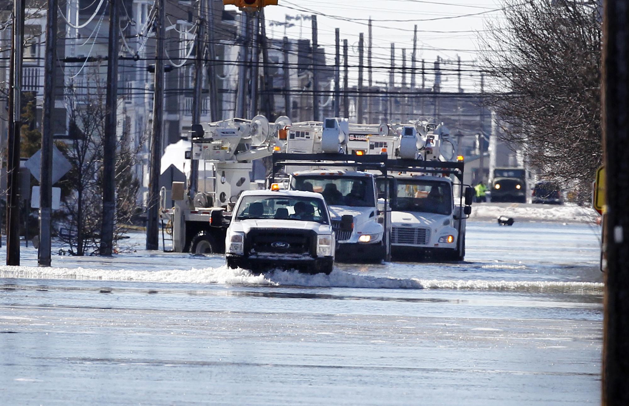 Utility repair crews in New Jersey