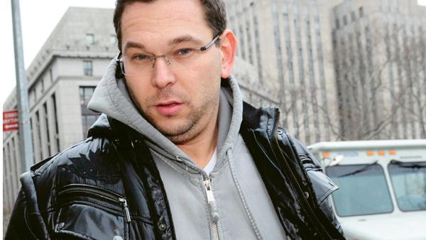 Mikhail Zemlyansky leaves Manhattan Federal Court in 2015. (Photo: Bryan Smith/Zumapress.com)