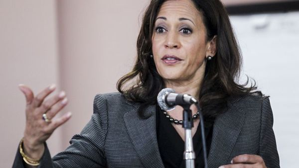 California Attorney General Kamala Harris speaks at a meet and greet, Sunday, Jan 10, 2016, at Building and Construction Trades Council in Los Angeles. (AP Photo/Ringo H.W. Chiu)