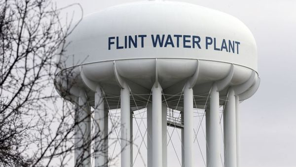 This Feb. 5, 2016 file photo shows the Flint Water Plant tower in Flint, Mich. Michigan, seeking to prevent another oversight fiasco after lead poisoning in Flint and a deadly Legionnaires' disease outbreak in the area, is considering new water testing rules for hospitals and possible changes to how large facilities manage their water systems that could include new monitoring requirements. (AP Photo/Carlos Osorio, File)
