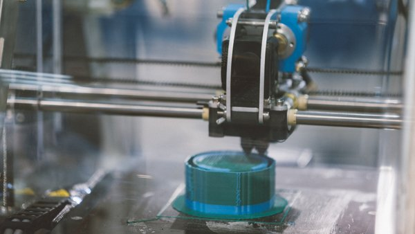 Who is liable if a consumer is injured by a 3D-printed product? (Photo: iStock)