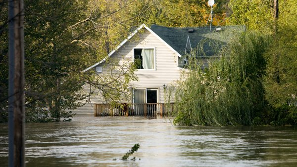 H.R. 2901, if it becomes law, would give mortgage-carrying homeowners the option of purchasing Flood insurance from private carriers. (Photo: iStock)