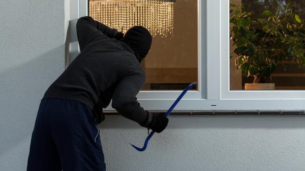 Summertime is peak season for household property crimes. (Photo: iStock)