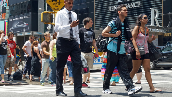 The most walkable cities can be the most dangerous for pedestrians, especially those that are distracted. (Photo: iStock)