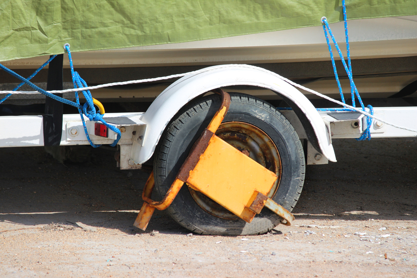 Trailer with wheel lock