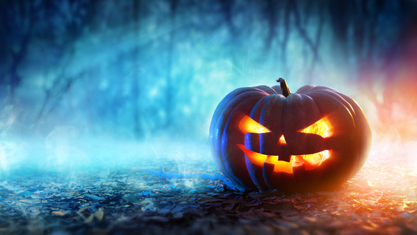 Fire, distracted driving, vandalism and theft are some of the top risks on Halloween. (Photo: iStock)