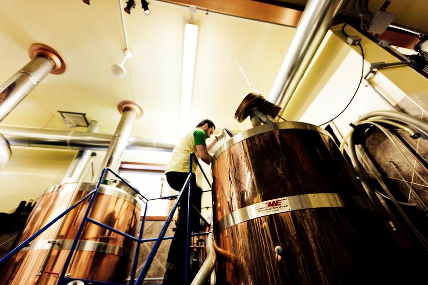 Checking beer vats