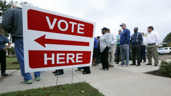 Voters wait in line to cast their ballots in Ridgeland, Miss., on Nov. 8. (Photo: Rogelio V. Solis/AP Photo)