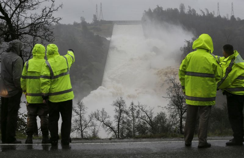 Water rushes down the Oroville Dam spillway
