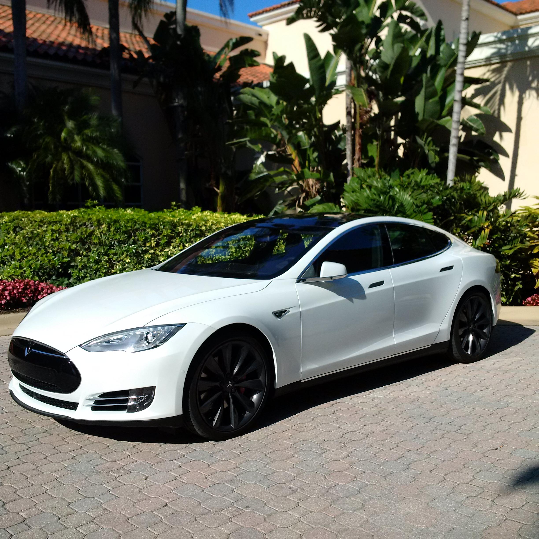 Tesla S autonomous car