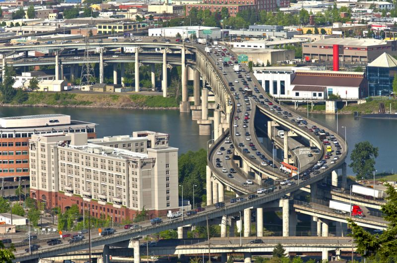 Portland, Oregon, freeway traffic
