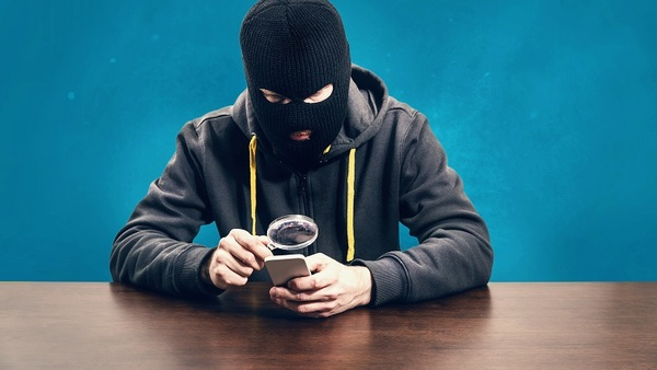 Digital mobile devices created convenient, anytime-anywhere communications. But they also opened up umpteen avenues for ransomware to exploit. (Photo: iStock)