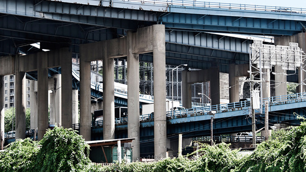 Rusty, crumbling roads, overpasses and bridges in New York City, seen here, provide a glimpse of the many problems facing U.S. drivers across the nation. (Photo: Shutterstock)