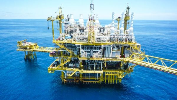 Judge Michael Gomez, Zavitsanos said the jury was clearly put off by the insurer's arguments that the claim was for parts of the drilling platform — whose coverage had already been exhausted — rather than for parts of the well itself. (Photo: Shutterstock)