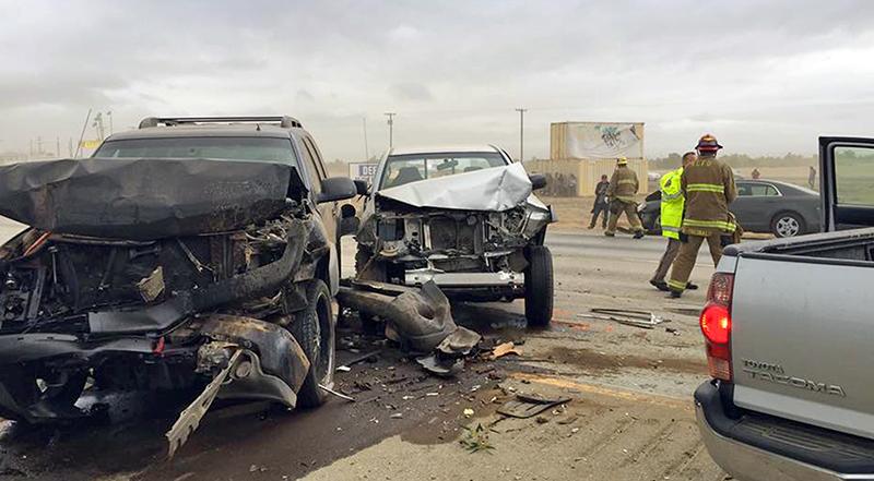 Motor vehicle accident Calif dust storm