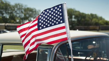 4th of July: Most dangerous summer holiday for drivers [infographic]