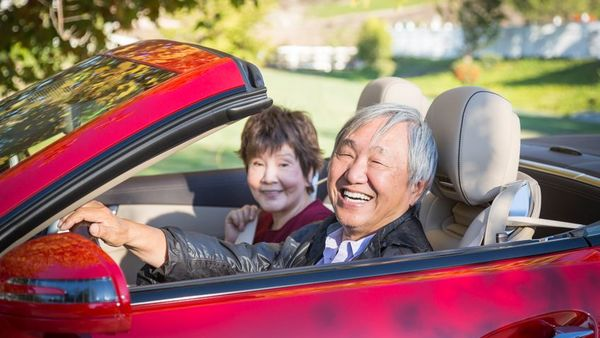 Here are a a number of ideas and recommendations to help advisors connect with both echelons of the boomer generation. (Photo: iStock)