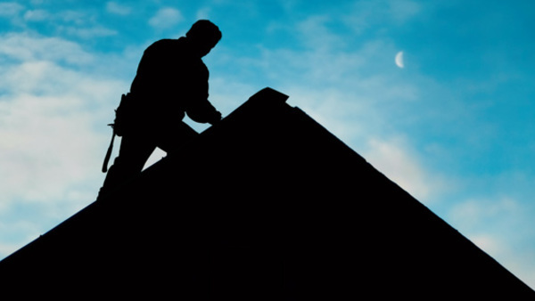 Roofers face the risk of injury from extreme weather conditions, such as heat and high winds, as well as from falls.